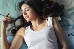 5 Ways In Which Sleeping Well Can Help Use Image